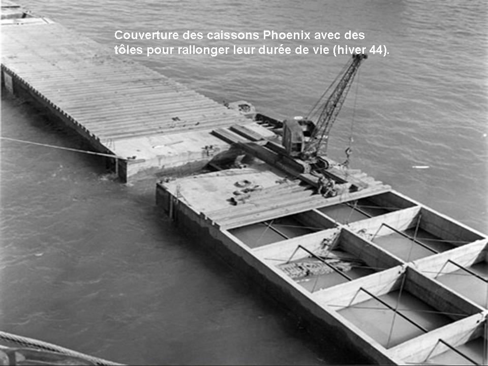 Port artificiel d 39 arromanches pour le d barquement construit par les alli s pendant la seconde - Port artificiel d arromanches construction ...