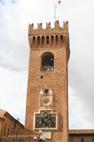 Visite de Recanati tour de l'horloge