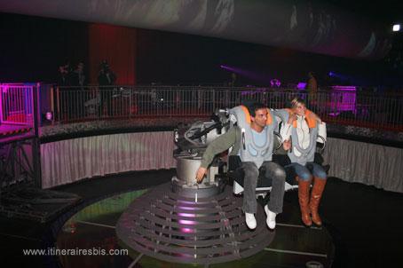 Photo danse avec les robots futuroscope - Futuroscope danse avec les robots ...